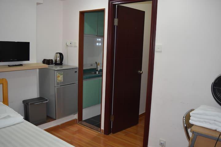 Yau Ma Tei 4beds private family room