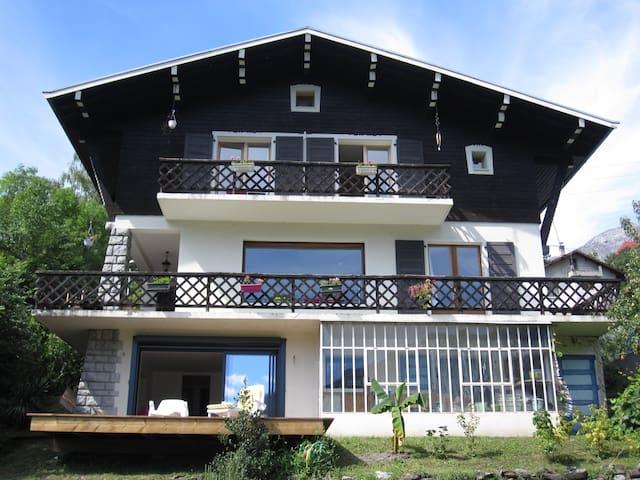 Appart rdj proche Mont-Blanc - Passy - Apartamento