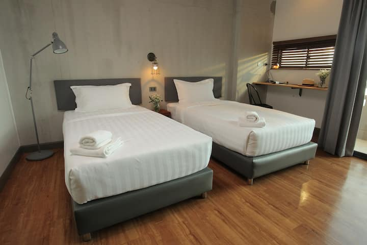 Twin Bed room @Space59 Hotel Ratchaburi
