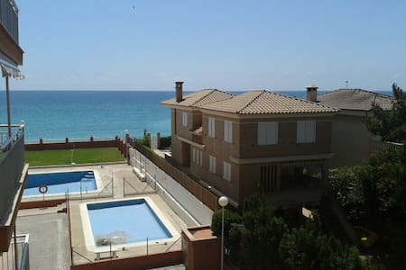 Excellent sea front apart with pool - Platja de Nules - Wohnung