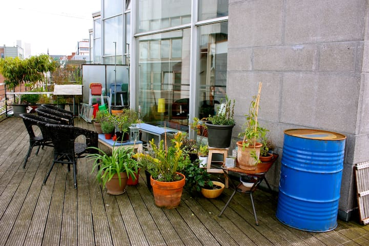 Room in a central penthouse - Bruxelles - Apartment