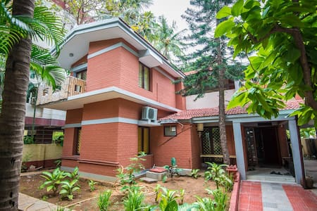 7 bed room bungalow - Springhaven Thiruvanmiyur