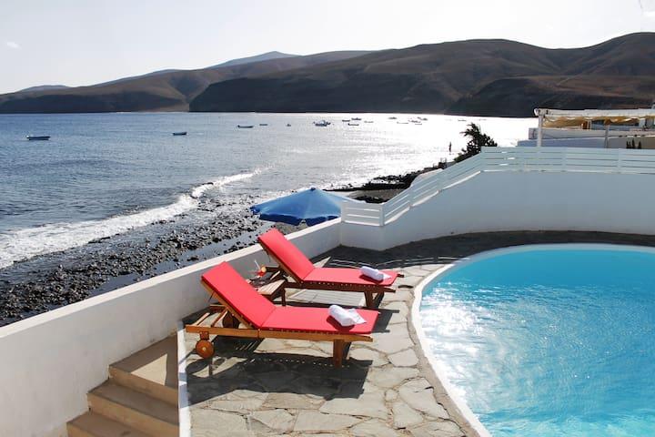 Casa Playa Quemada 1º linea de mar - Playa Quemada - Rumah