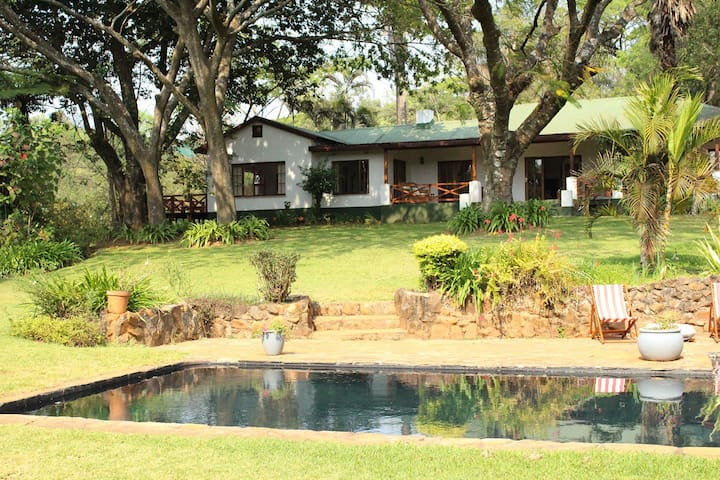 Softwaters Farm Guesthouse - Louis Trichardt - Huis