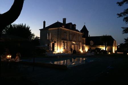 Moulin Bleu de Vézére - Saint-Pantaléon-de-Larche