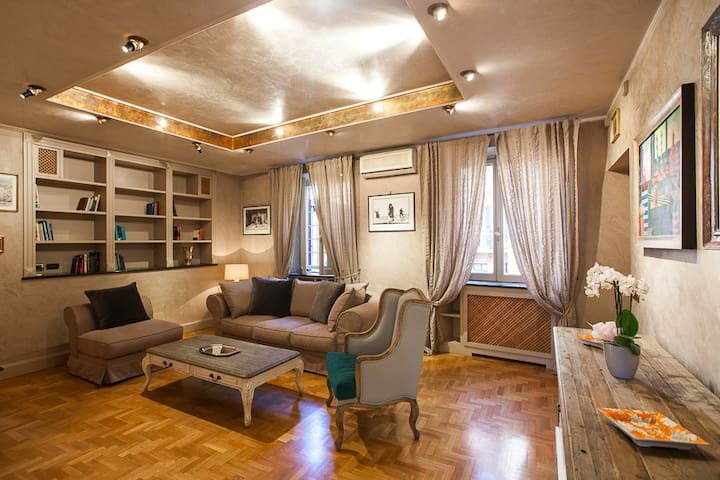 NA Spanish luxury apartment - Roma
