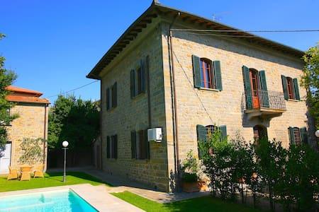 Villa Primula with private pool - Camucia
