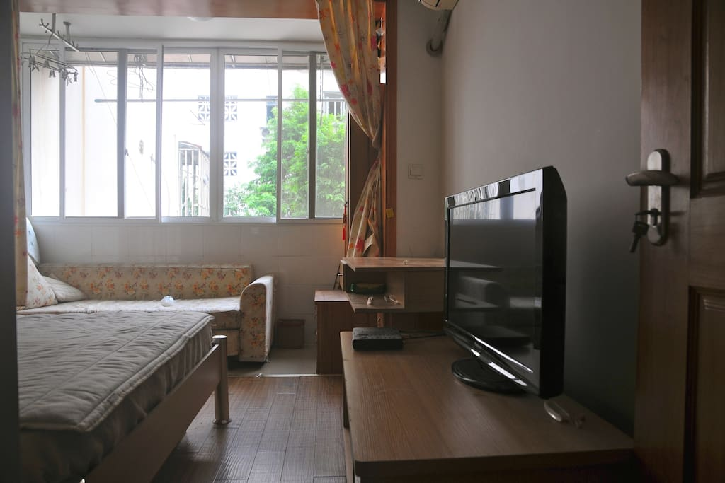 Bedroom with TV&air-conditioner