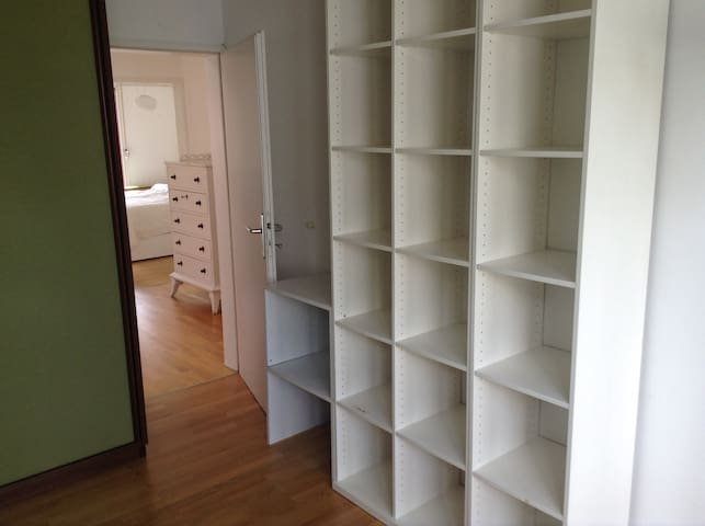 Cozy 3 bedroom house/ super Haus m. 3 Schlafzimmer - Munich - Hus