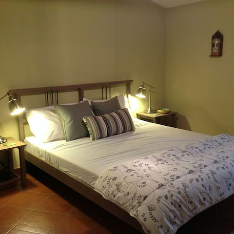 Hideaway apartment with wifi - Caccamo - Huoneisto