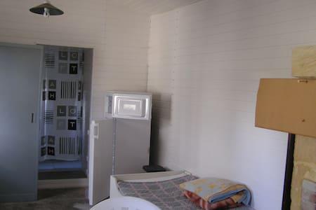 studio privée dans propriété - Doué-la-Fontaine