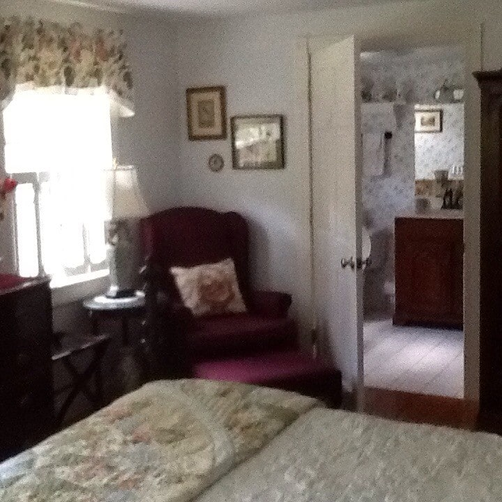 Country home Near Kripalu & Tanglewood Lenox, MA