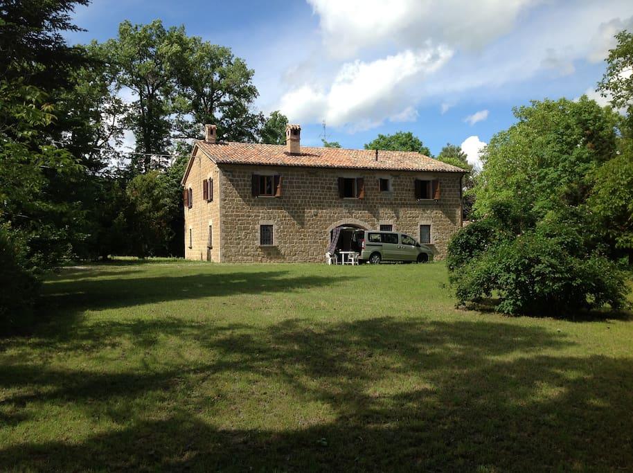 Casale di campagna houses te huur in frontone marche itali - Ristrutturare casale di campagna ...