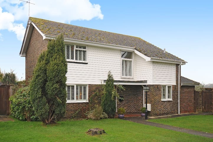House in Chichester near Goodwood - Chichester - Ev
