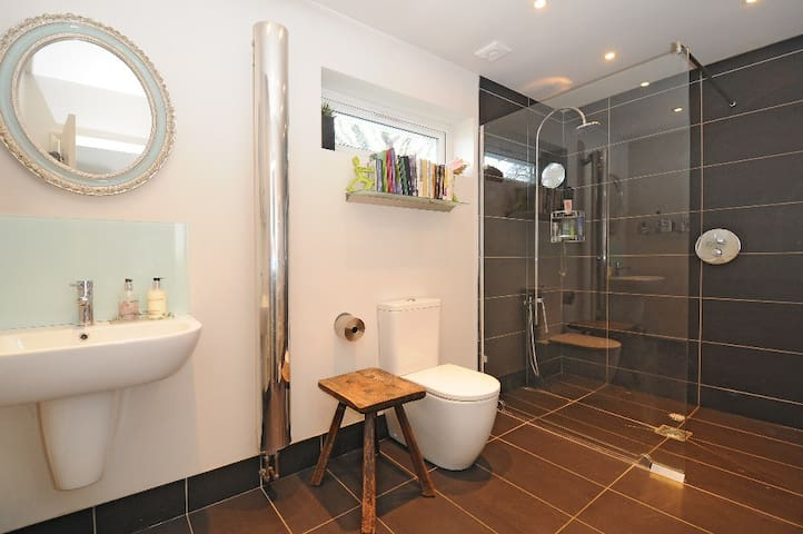 House in Chichester near Goodwood - Chichester - Casa