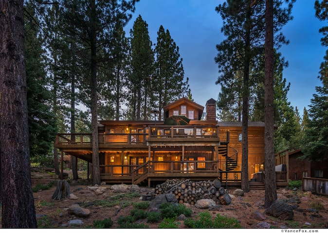 Luxury Tahoe City , Hot Tub, Pool T - Tahoe City - House