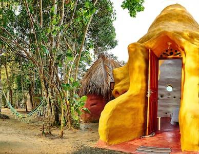 Eco-Cottage in beach south of Bahia - Cumuruxatiba - Almhütte