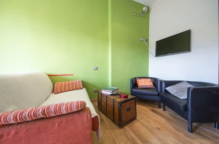 """Appartamento """" Il sorriso"""" - Colle di Val D'elsa - Lägenhet"""