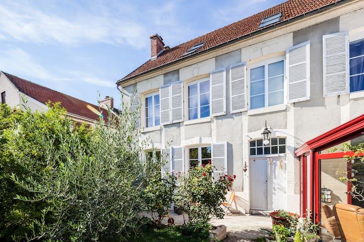 Suite Familiale - Tours-sur-Marne