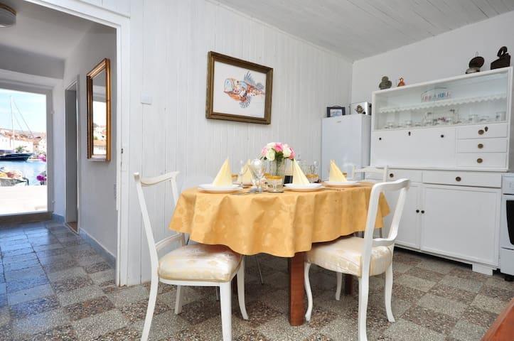 Sea View-Villa Gariful - Milna - House