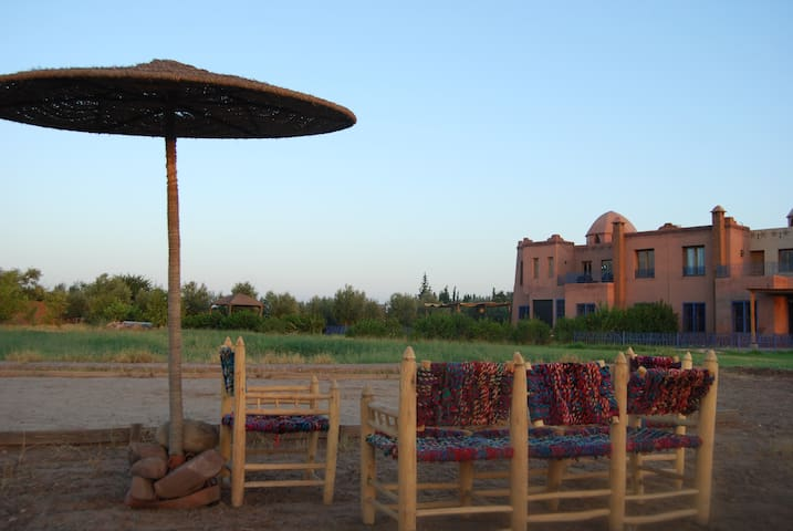 Maison de campagne à Marrakech - Marrakech - Hus