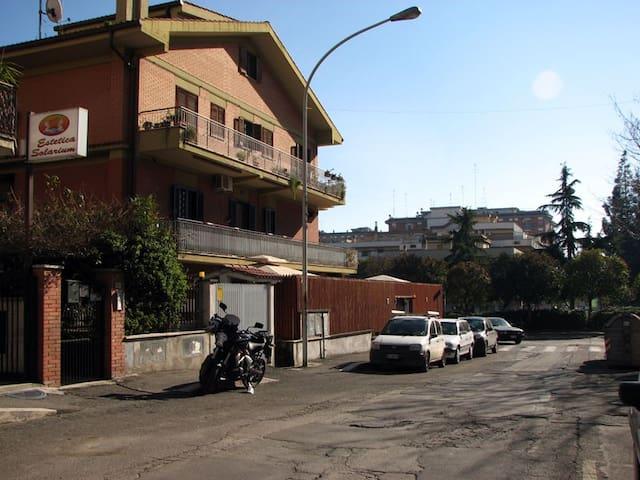 Elegante casa vicino Roma e Tivoli - Setteville - Haus