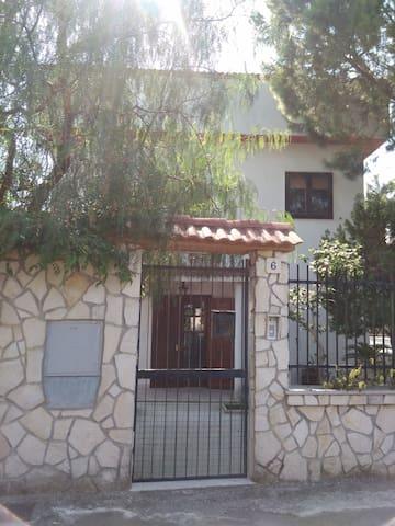Villa Aida - FREE GARAGE/ FREE WIFI - บารี - วิลล่า