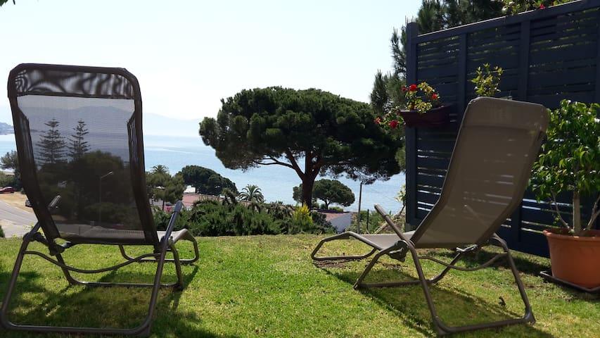 T2 - Rez de villa 1 avec Jardin vue mer Ajaccio