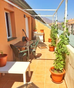 Large central penthouse double room - San Luis de Sabinillas