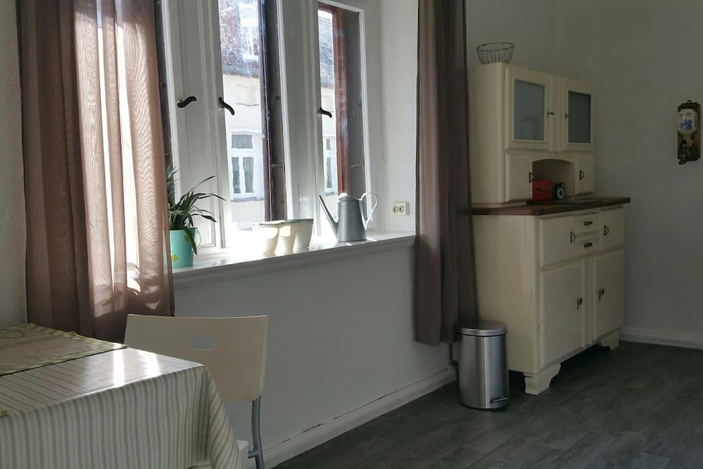 Küche mit Omas Küchenbuffet