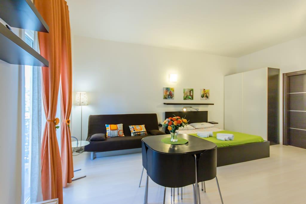 Mikimono monolocale high tech appartamenti in affitto a for Monolocale palermo affitto arredato