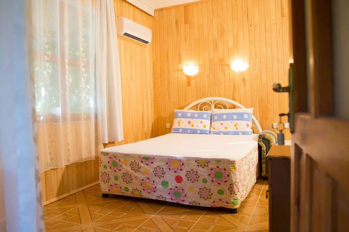 "Room ""Pomelo"" in Ayşe's Garden - Çıralı - Bed & Breakfast"