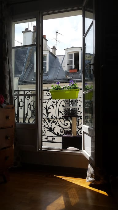 F2 meubl louer pour 3 mois apartments for rent in for Don de meuble paris