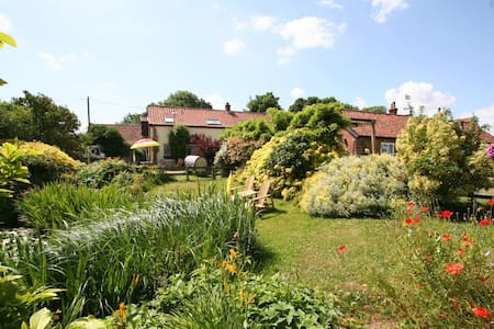 Fabulous Romantic Cottage for Two - Banham
