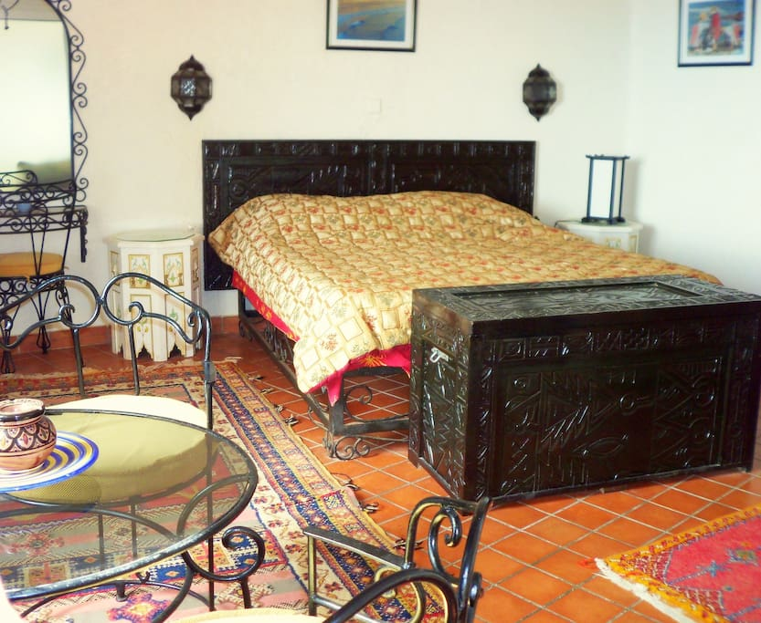 Bedroom in Moroccan Decor
