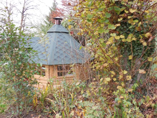 Kota ( hutte finlandaise ) + grill - Famechon - Cabana
