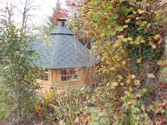 Kota ( hutte finlandaise ) + grill