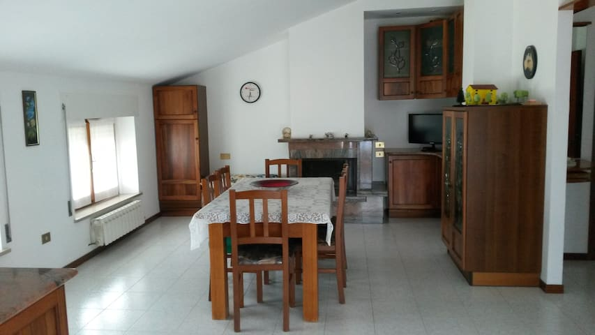 Appartamento Landscape - Penna San Giovanni - Wohnung