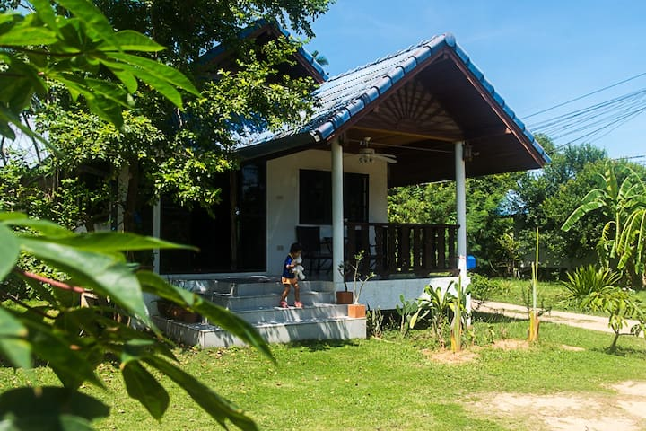 Thai house in center of Lamai Beach - Ko Samui - House
