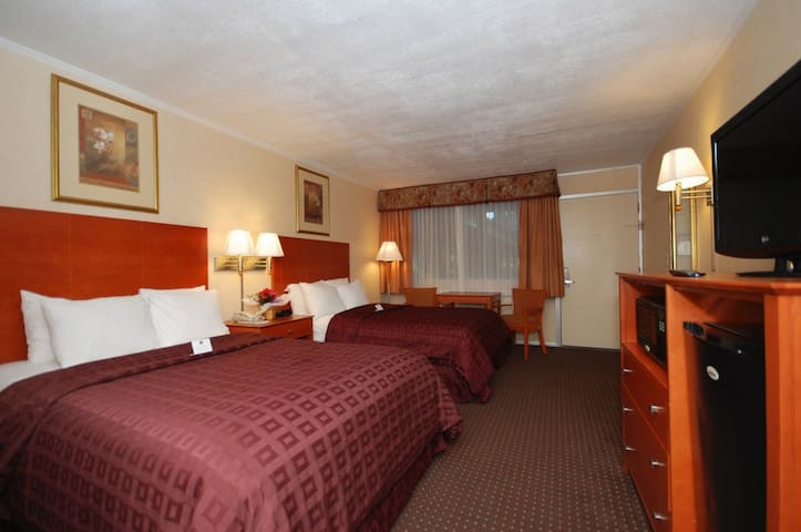 Bed and Breakfast with Wi Fi - College Park - Bed & Breakfast