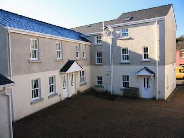 Laurel Court 3 - Ulverston