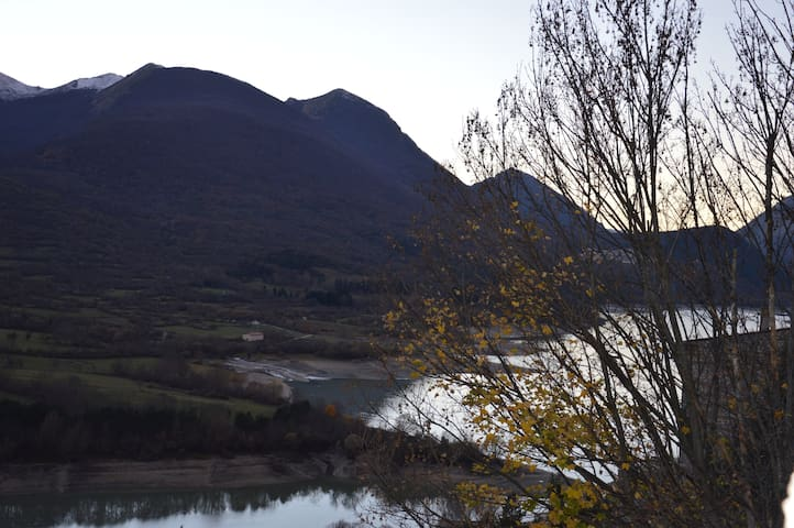 Relax e natura sul Lago in montagna - Barrea - Casa
