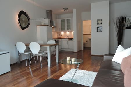 Very nice + central city-apartment