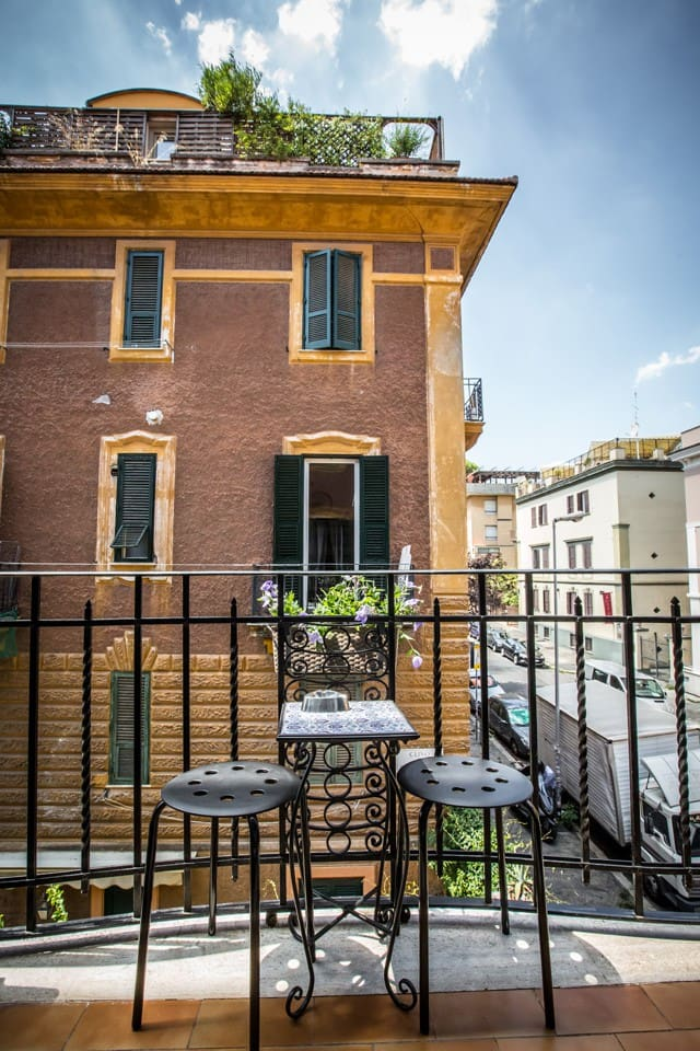 Private balcony  [live the sunlight]