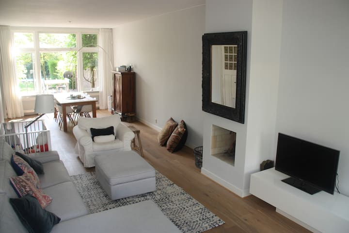 Spacious family home near Amsterdam - Naarden - Huis