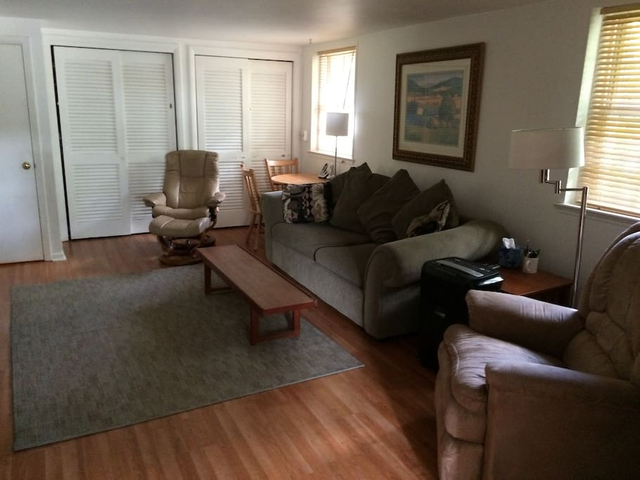 Idyllic One Bedroom Apartment Apartments For Rent In Moorestown New Jersey United States