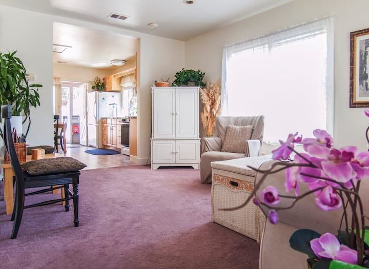 Butterfly Cottage 2 Bedroom 2 Bath