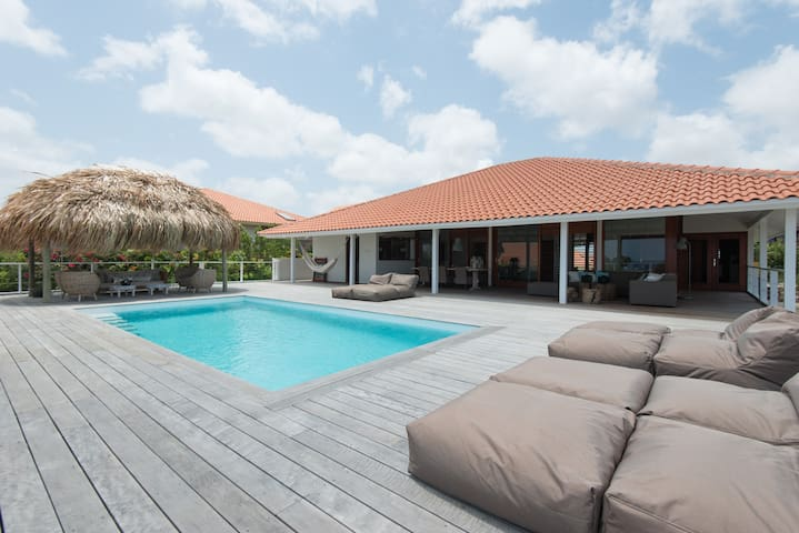 Luxurious 8pers villa, private pool - Jan Thiel - Casa