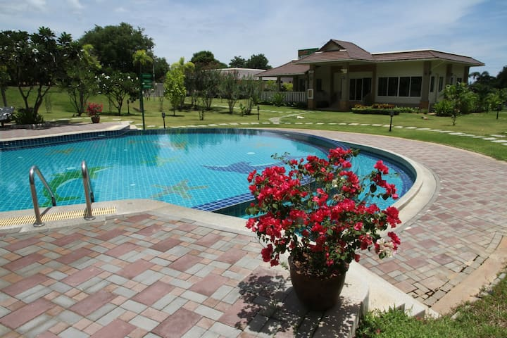 Luxurious Pool & Sea View Apartment.  The pool set in lush grounds adjacent to Gym and Restaurant