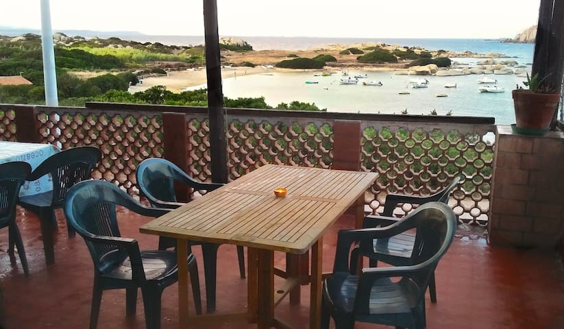 Sea view apartment 70 m from bech - Santa Teresa Gallura - Apartemen